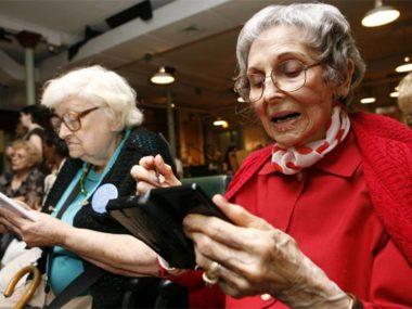 Anziani shopping