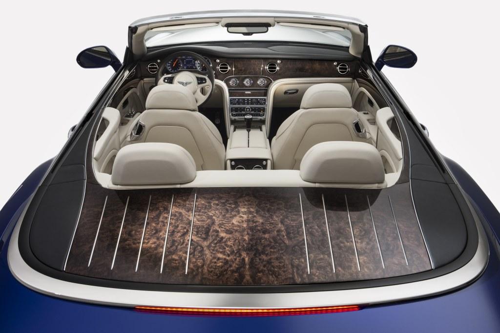 Bentley Grand convertible dettaglio