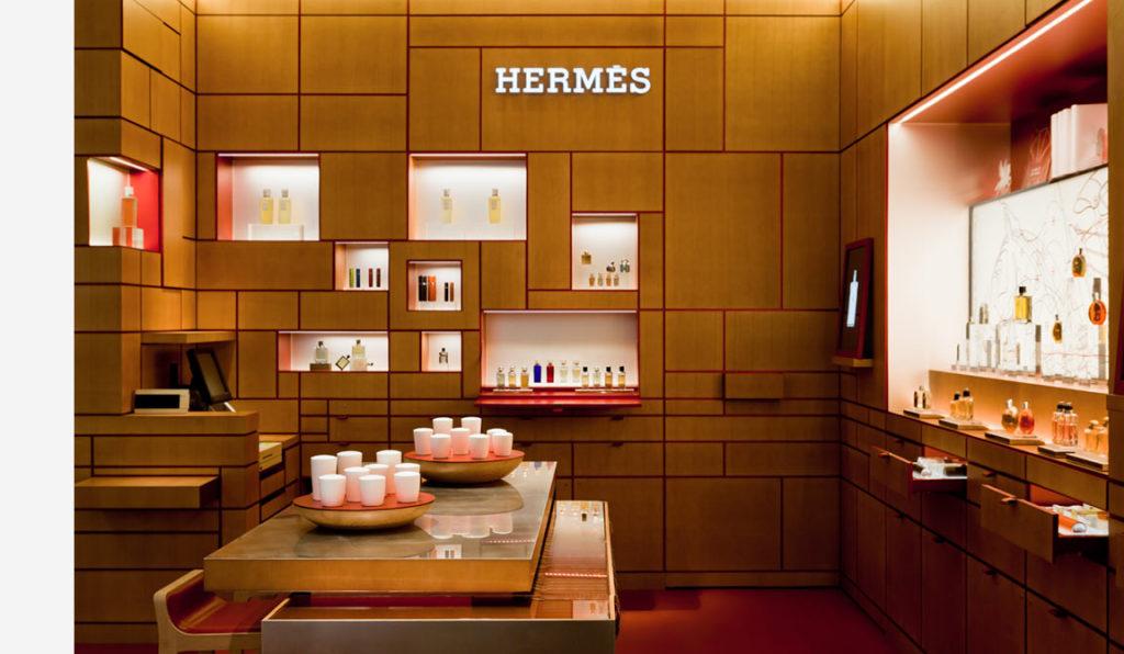 Hermes parfums Printemps corner Parigi