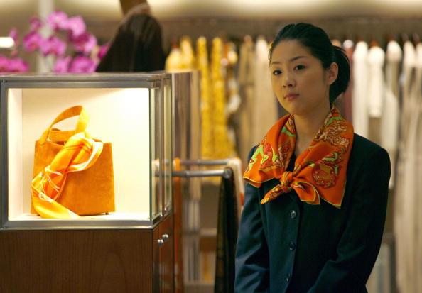 Hermès sfida rallentamento Cina