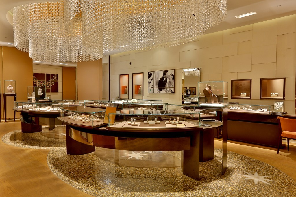Bulgari boutique DFL Emporio New Delhi