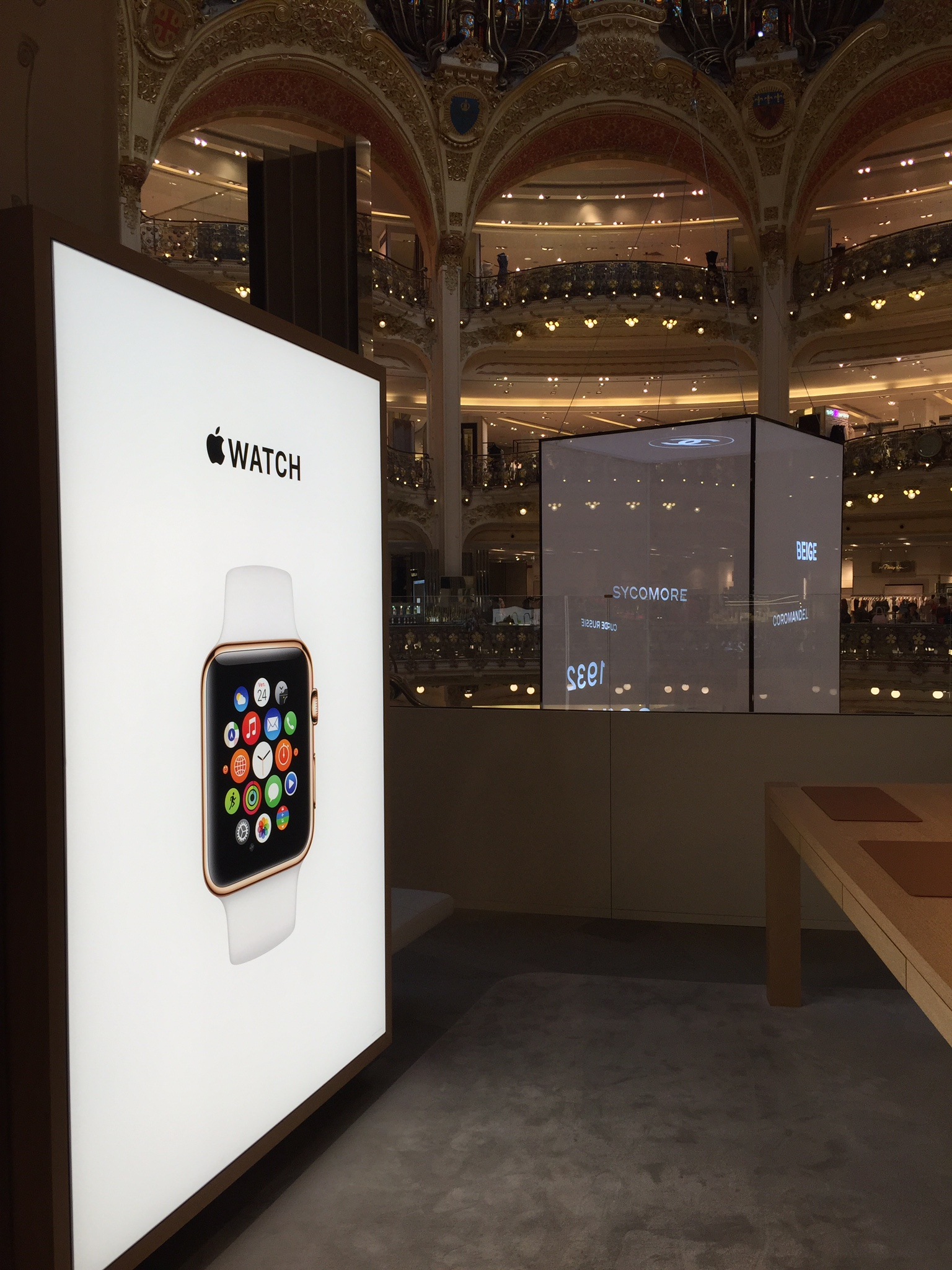Apple Watch Apple Store Galeries Lafayette