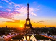 Gentilezza e cortesia, nuove parole d'ordine del turismo in Francia