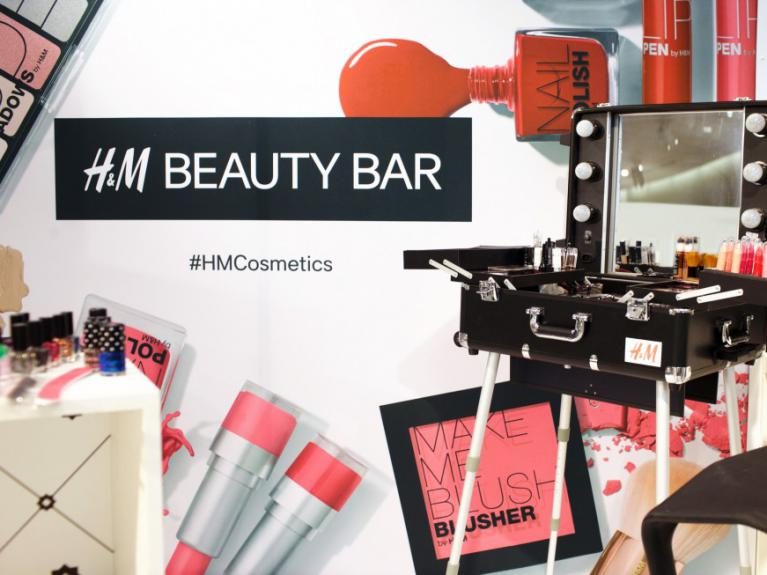 H&M campagna pubblicitaria #HMCosmetics