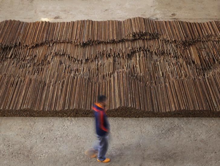 Ai Weiwei Straight installazione
