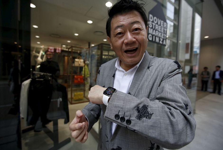 Dover Street Market Ginza Tokyo Apple Watch