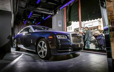 Rolls Royce Wraith in vetrina Harrods