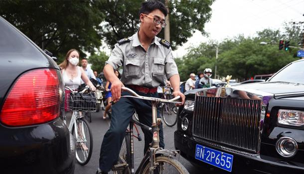 rolls royce corruzione Cina