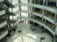 Misteri Cinesi: shopping mall che chiudono e consumi che crescono