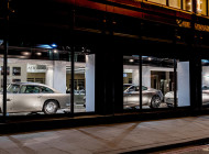 Aston Martin in vetrina da Harrods