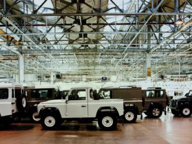 Fabbrica defender land rover