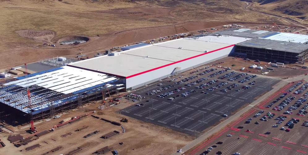 Tesla e Panasonic joint venture GigaFactory
